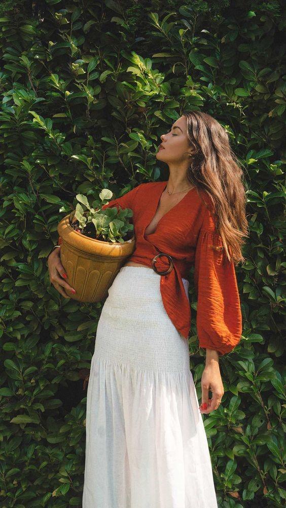 แจกไอเดีย แมทช์ชุดแนวฮิปสเตอร์ถ่ายรูปกับทุ่งดอกไม้ แฟชั่นใหม่ การแต่งตัว ความงาม สไตล์การแต่งหน้า Lifestyle ชุดแนวฮิปสเตอร์