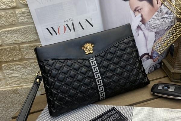 แฟชั่นกระเป๋าแบรนด์เนมสุดฮิตสำหรับสาว ๆ แฟชั่นใหม่ การแต่งตัว ความงาม สไตล์การแต่งหน้า Lifestyle แฟชั่นกระเป๋าแบรนด์เนมสุด
