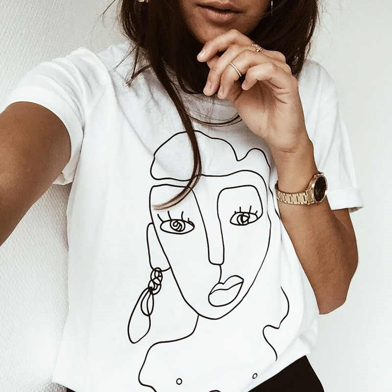 ไอเดียแต่งตัว รวม 4 เสื้อยืดสีขาว ที่คุณต้องมี เสื้อยืดสวย ๆ แบบมินิมอล 2021 แฟชั่นใหม่ การแต่งตัว ความงาม สไตล์การแต่งหน้า Lifestyle ไอเดียแต่งตัวเสื้อยืดสีขาว